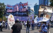 Khofifah Ajak Pekerja dan Pengusaha Kolaborasi Percepat Pemulihan Ekonomi Nasional
