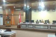 Taufan Pawe Serahkan Ranperda Perubahan RPJMD 2018-2023 ke Dewan