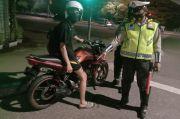Polisi Tilang Pengendara Motor Knalpot Bising di Wilayah Gambir dan Cempaka Putih