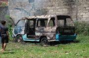 Anak-Anak Main Korek Api, Angkot di Bogor Ludes Terbakar