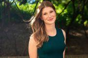 Lima Gaya OOTD Sederhana Putri Sulung Bill Gates dan Melinda