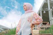 Cantik di Hari Lebaran, Contek Inspirasi Gaya Hijab Pastel Ini