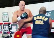Tyson Fury Sangat Frustrasi gara-gara Anthony Joshua