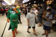 Hindari Kerumunan, Kapasitas Orang di Dalam Mal Dibatasi