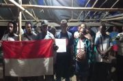 Gubernur Negara Republik Federal Papua Barat Provinsi Meepago Nabire Kembali ke NKRI Diikuti Simpatisannya