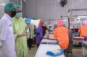 Lihat Langsung Pabrik Pengolahan Makanan Laut, Jokowi: Menjanjikan untuk Pasar Dunia