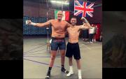 Jelang Bentrok Joshua, Tyson Fury Latih Tanding Lawan Josh Taylor
