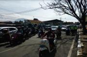Penyekatan Dimulai, Polisi Siapkan Jalur Khusus Pendatang di Perbatasan Kota Bandung