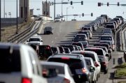 Penting, Tips Mengendarai Mobil di Jalur Menanjak Agar Kopling Awet