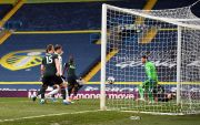 Babak I: Leeds United Dua Kali Robek Gawang Tottenham Hotspur