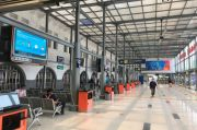 Suasana Sepi Stasiun Senen di Hari Ketiga Larangan Mudik