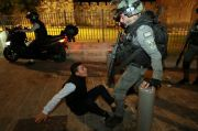 Bentrok dengan Polisi Israel di Yerusalem Timur, 200 Warga Palestina Terluka
