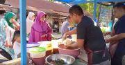 Kisah Anggota Polisi di Aceh Rela Jualan Mie Caluk Demi Bantu Orangtuanya
