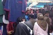 Pasar Kaget Gasibu Penuh Sesak di Tengah Larangan Mudik, Netizen Kritisi Aturan