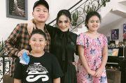 Akrab dan Hangat, Pertemuan Azriel Hermansyah dengan Krisdayanti di Pengujung Ramadhan