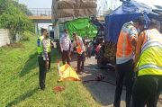 Pikap Tabrak Truk di Tol Tangerang-Merak, 2 Tewas Terjepit