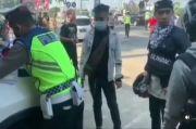 Aksi Pemudik Kena Tilang Bikin Geger, Mendadak Pura-Pura Kesurupan di Depan Polisi