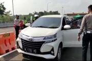 Terobos Penyekatan, Petugas dan Pengemudi Minibus Adu Mulut di Gerbang Tol Malang