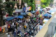 Pasar Anyar Bogor Ramai, Warga Masih Berburu Baju Lebaran
