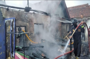 Mau Lebaran, Rumah Kakek dan Ustad di Kuningan Malah Hangus Terbakar