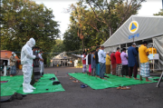 Pasien COVID-19 dan Nakes Ikuti Salat Idul Fitri 1442 H di RS Lapangan Indrapura Surabaya