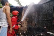 Kobaran Api Gemparkan Warga Cilacap, Rumah Madriswan Terbakar Saat Ditinggal Salat Id