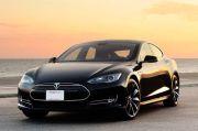Elon Musk Haramkan Bitcoin untuk Membeli Mobil Tesla