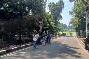 Hari Kedua Lebaran, Ribuan Pengunjung Ramaikan Kebun Raya Bogor