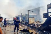 Diduga Korsleting, Tiga Rumah di Kota Ternate Ludes Dilalap Api