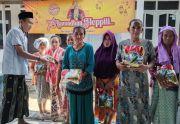 Merayakan Idul Fitri Ala Karang Taruna di Probolinggo, Santuni Yatim dan Ajak Lansia Piknik