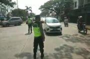 Jalur Wisata ke Pantai Anyer Macet Total, Polisi Putar Balik Kendaraan Luar Kota