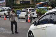 Polisi Perketat Pengawasan Kendaraan yang Melintas di Jalur Puncak Bogor