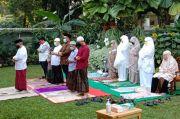Kesederhanaan Puasa Ramadhan dan Lebaran Ketua Dewan Komisioner OJK