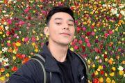 Duduk di Atas Gerobak Barang Bekas, Kevin Yohannes Dihujat Netizen