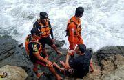 Wisatawan Asal Yogyakarta Nyaris Tewas Digulung Ombak Pantai Selatan