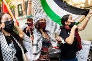 Bella Hadid Melunak Terkait Konflik Israel-Palestina, Gara-gara Kontrak Rumah Mode Diancam Putus?
