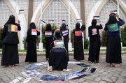 Gambarkan Kekejaman Israel, Mahasiswa Surabaya Gelar Teater Ibu Bumi Palestina