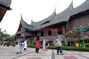 Dijaga Ratusan Aparat TNI-Polri, Taman Mini Masih Batasi Pengunjung Maksimal 30.000 Orang