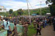 Bersihkan Asrama Mahasiswa, Pasukan TNI-Polri Temukan Sajam dan Dokumen Papua Merdeka