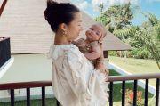 Body Goals! 4 Tampilan Seksi Jennifer Bachdim saat Momong Anak