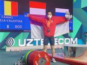 Lifter Putri Windy Cantika Rebut Emas di Kejuaraan Dunia Junior 2021