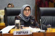 Komisi X DPR Sarankan Guru Honorer Senior Bisa Diangkat Jadi PNS