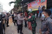 Kapolda Tinjau Posko PPKM Zona Merah dan Vaksinasi Massal di Kota Batam