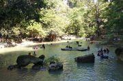 Libur Waisak, Pengunjung Padati Wisata Air Terjun Bantimurung