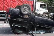 Mobil Bak Terbalik di Tol Jagorawi, Lalu Lintas Padat Tersendat