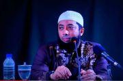 Viral Ustaz Khalid Basalamah Larang Nyanyikan Lagu Indonesia Raya, Begini Faktanya