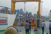 Jembatan Penghubung Kapal Putus, Minibus Terjun ke Danau Toba 1 Tewas
