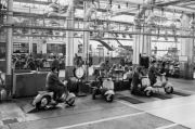 Sejarah Vespa Piaggio, dari Skuter Santai hingga Motor Balap