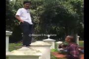 Viral! Aksi Pemuda Injak Makam Belanda untuk Foto-foto di Kebun Raya Bogor