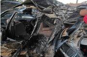 Tragis! Mobil Pecah Ban dan Tabrak Pohon, 5 Mahasiswa Universitas Halu Oleo Tewas